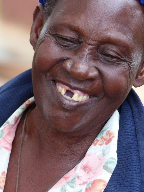 De altijd goed lachse oma van Barbara en Sharon.